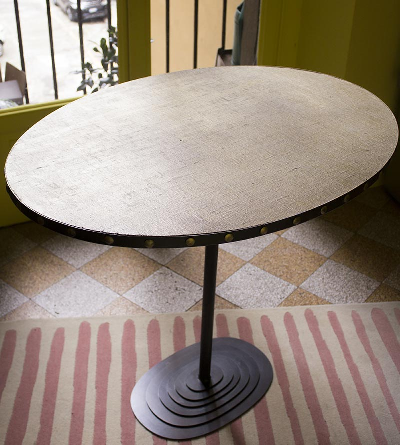 Ovale Table