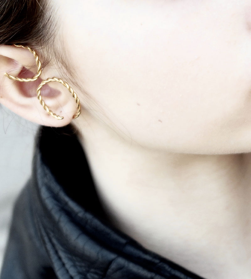 EAR CUFF SWIRL TORCHON