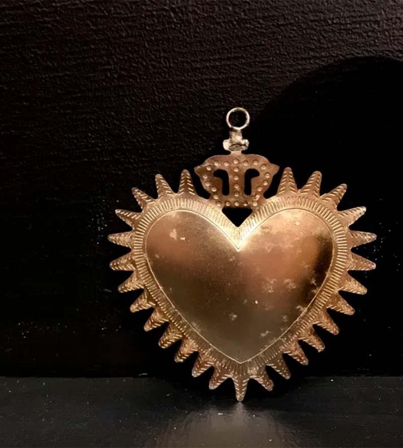 ROYAL SILVER HEART